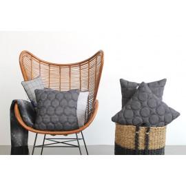 Cushion 3D Circles Black