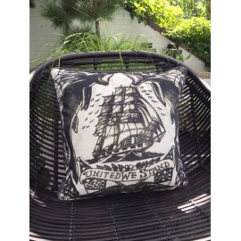 Cushion heavy canvas tattoo ship 45x45cm