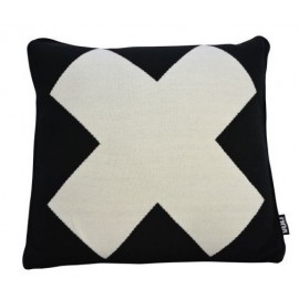 Cushion Black with cross knitted